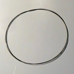 Stahl - Reif schwarz / Drahtcollier