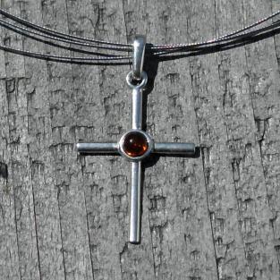Grosses Kreuz aus Silber mit Bernstein