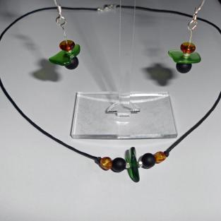 Collier mit Seeglas, Bernstein und Silber