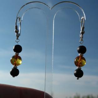 Ohrhänger Bernsteinperlen mit Silber und schwarzen, rauhen Glasperlen