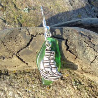 Ohrhänger mit Seeglas und Windjammer