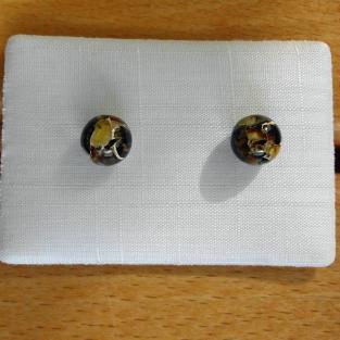 Ohrstecker mit Perlen aus verbundenem Bernstein / Mosaikbernstein
