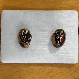 Ohrstecker  aus verbundenem ovalen Bernsteinen / Mosaikbernstein