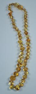 Zahnungskette, Kinderkette aus goldgelben, polierten Bernstein