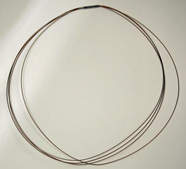 Stahl - Reif kupferfarben / nylonummanteltes Drahtcollier