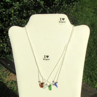 Interessantes Baumwollcollier mit 4 x Seeglas und Perlen aus Gunmetall