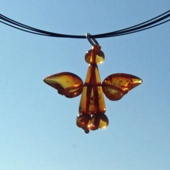 Engel Schutzengel aus kognacfarbigen Bernsteinen