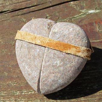 Steinherz aus einem speziellen Ostseekiesel